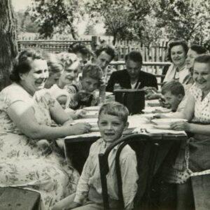 תמונה משפחתית שעוברת מדור לדור